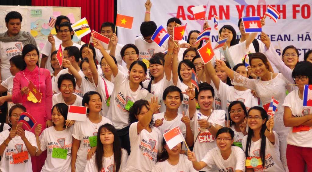 UPDATE from ASEAN Youth Forum 2010! | TVS THAILAND